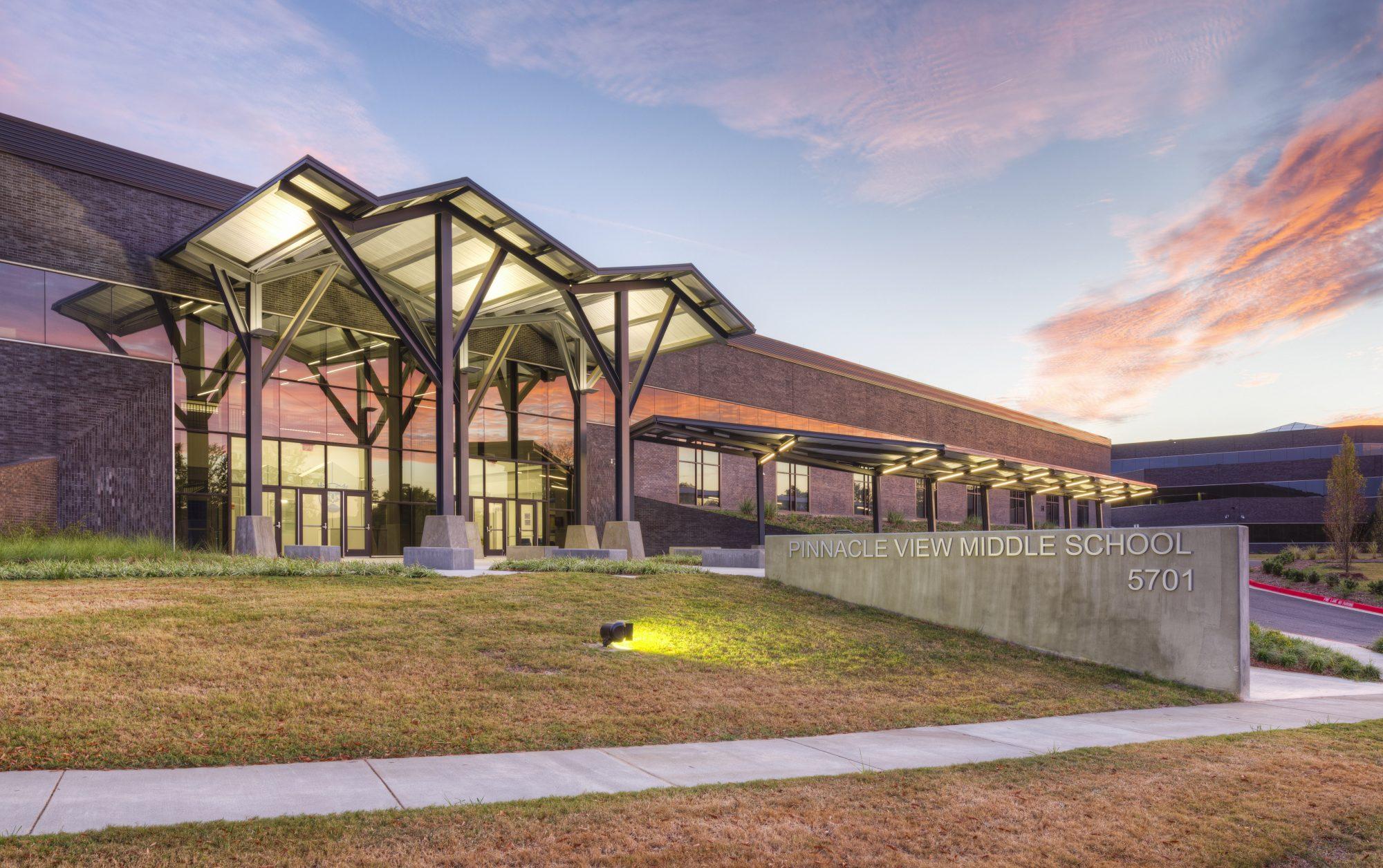 Pinnacle View Middle School – Little Rock School District